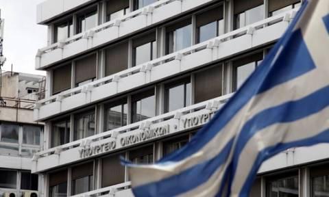 ΥΠΟΙΚ: Δεσμεύεται να ελαφρύνει τις ευάλωτες κοινωνικά ομάδες από τα φορολογικά βάρη