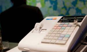 Κομισιόν: Η Ελλάδα δεν έχει συμμορφωθεί με τις υποχρεώσεις της στο ΦΠΑ