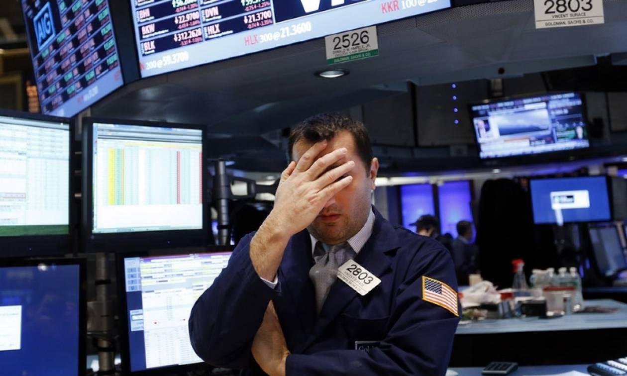 Μεγάλες απώλειες στη Wall Street με αυξημένες τις ανησυχίες για την παγκόσμια οικονομία