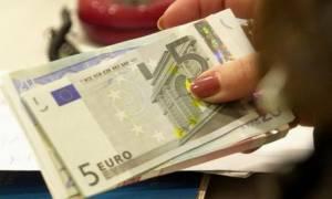Χανιά: Άνεργη «έσβησε» τα χρέη της προς την τράπεζα