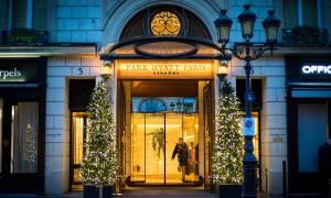 Γαλλία: Εβδομάδα μόδας για... φτωχούς από δικαιωμένες καμαριέρες πολυτελούς ξενοδοχείου