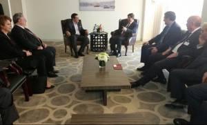 H συνεργασία για το προσφυγικό στο επίκεντρο της συνάντησης Τσίπρα - Νταβούτογλου (video)