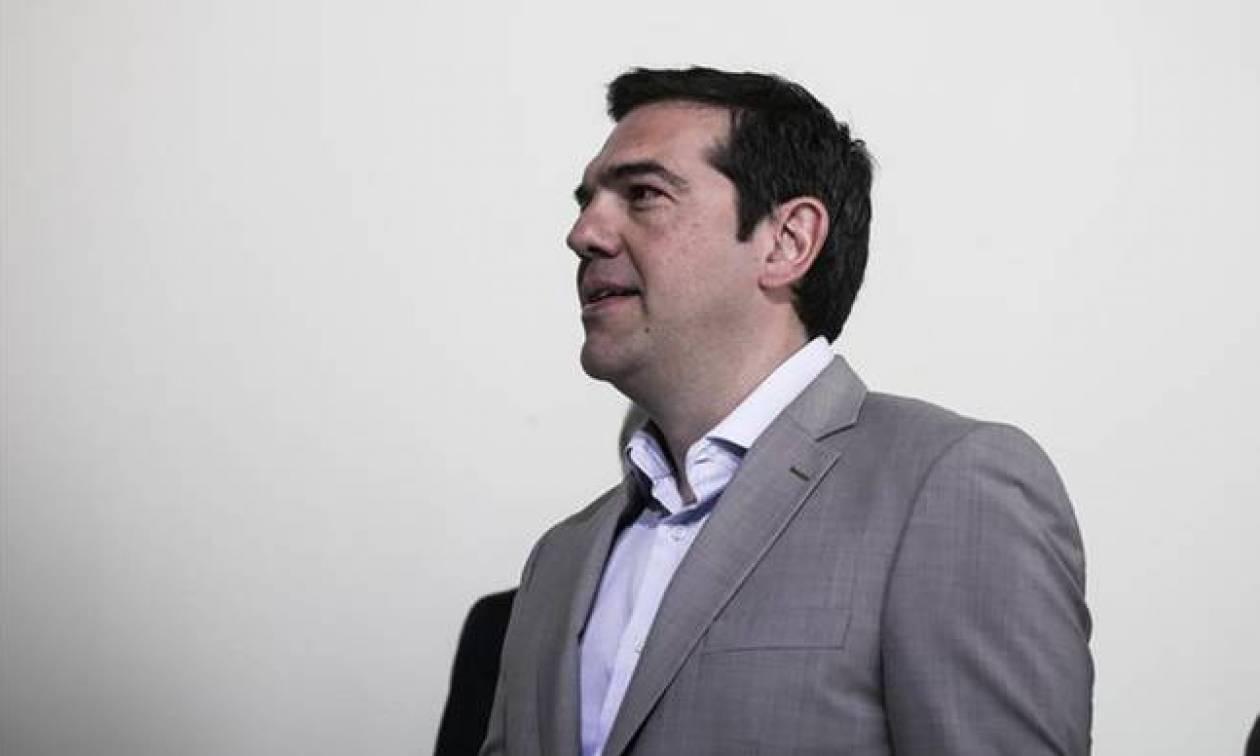 Τσίπρας στην WSJ: Η Ελλάδα μπορεί να βγει στις αγορές, αν μειωθεί το χρέος