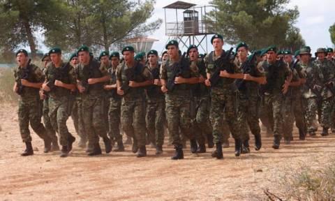 Στρατιωτική παρέλαση στην Κύπρο (pics)