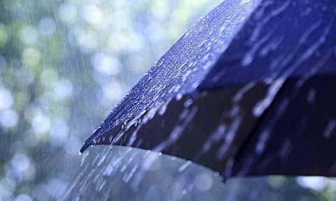 Καιρός: Βροχές και πτώση της θερμοκρασίας την Πέμπτη (1/10)