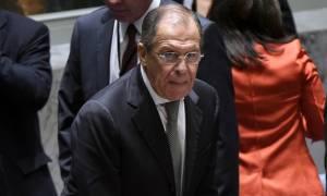 Λαβρόφ: Μην ακούτε τα σχόλια του Πεντάγωνου για τις επιδρομές στη Συρία