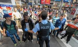 Γερμανία - Ντε Μεζιέρ: Στα σύνορα θα εξετάζεται μελλοντικά το δικαίωμα χορήγησης ασύλου