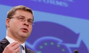 Ντομπρόβσκις: Δεν τίθεται θέμα ονομαστικής διαγραφής χρέους για την Ελλάδα