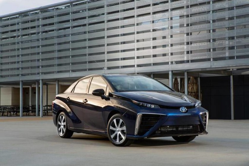 Toyota Το Mirai είναι η καινοτομία της δεκαετίας