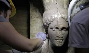 Αμφίπολη – Φάκλαρης: Ο τάφος δεν ανήκει στον Ηφαιστίωνα