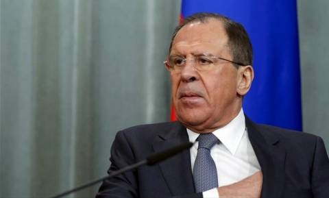 Λαβρόφ: Δεν μπορεί να συμμετάσχει η Ρωσία στον αμερικανικό συνασπισμό