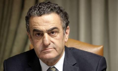 «Η Δημοκρατία δεν πτοείται» η απάντηση Αθανασίου για τον εμπρησμό στο γραφείο του