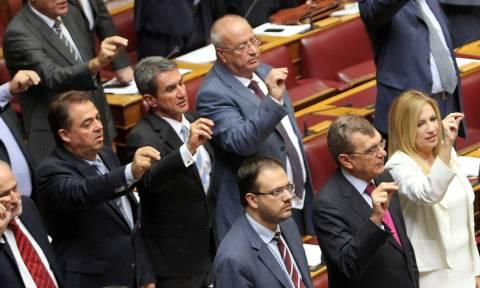 Δημοκρατική Συμπαράταξη ΠΑΣΟΚ – ΔΗΜΑΡ : Θα προτείνει τον Κρεμαστινό για αντιπρόεδρο της Βουλής