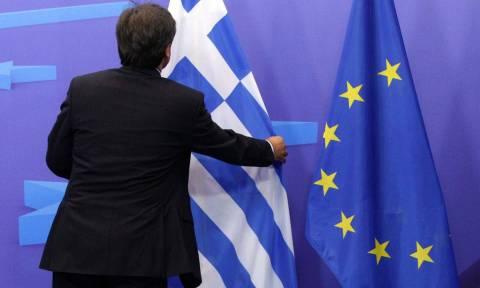 Spiegel: Κατάργηση ελληνικής συνδρομής σε αναπτυξιακά έργα από την ΕΕ