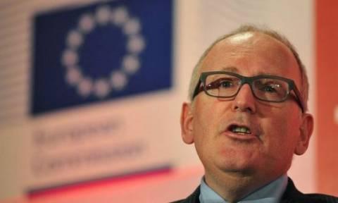 «Η λήψη δακτυλικών αποτυπωμάτων θα αποκλείσει την έλευση τρομοκρατών στην Ευρώπη»