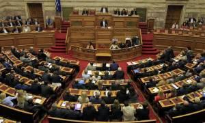 Προγραμματικές δηλώσεις: Με τοποθετήσεις υπουργών και βουλευτών συνεχίζεται η συζήτηση
