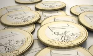 Χαράτσι 1.000 ευρώ σε 42.000 τραπεζικούς υπαλλήλους