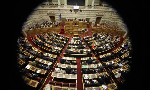 LIVE: Με τοποθετήσεις υπουργών και βουλευτών συνεχίζεται η συζήτηση των προγραμματικών δηλώσεων