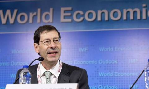 Όμπστφελντ: Οι πρόσφυγες αποτελούν δημοσιονομικό «βάρος» αλλά... και πλεονέκτημα για την ανάπτυξη