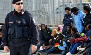 Tην Παρασκευή η πρώτη μετεγκατάσταση προσφύγων από την Ιταλία στη Σουηδία