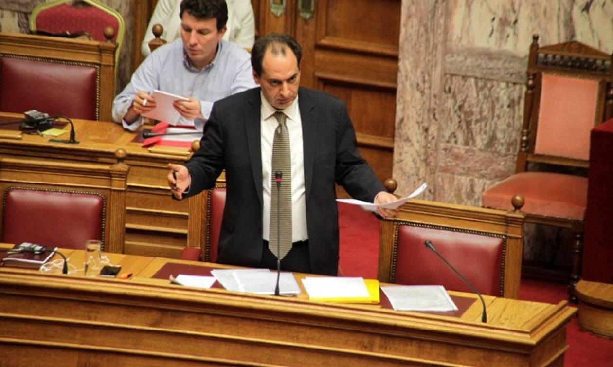 Σπίρτζης: Άμεσα στη Βουλή το νομοσχέδιο για την αδειοδότηση των ραδιοτηλεοπτικών συχνοτήτων (vid)