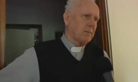Ιταλία: Καθολικός ιερέας προσπάθησε να δικαιολογήσει τους παιδεραστές παπάδες