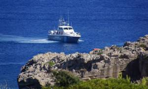 Ηράκλειο: Λαθρεμπορικό εγκατέλειψε μετανάστες στη μέση της θάλασσας
