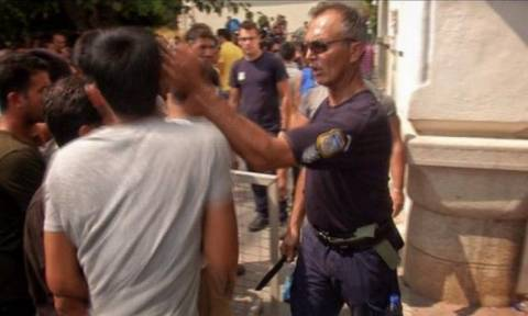 Κως: Αθώος ο αστυνομικός για το περιστατικό με το χαστούκι σε μετανάστη
