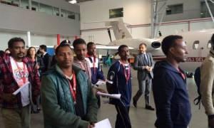 Ιταλία: Αναχώρησε για Σουηδία η πρώτη ομάδα προσφύγων που μετεγκαθίσταται σε άλλη χώρα της E.E.