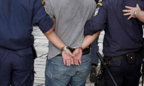 Βόλος: Τρεις αστυνομικοί τραυματίστηκαν σε συμπλοκή με έμπορο ναρκωτικών