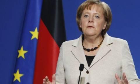 Το ακροδεξιό AfD μηνύει τη Μέρκελ για «εμπορία ανθρώπων»