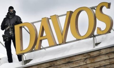 Θερινό Νταβός αναζητεί ο ΣΥΡΙΖΑ