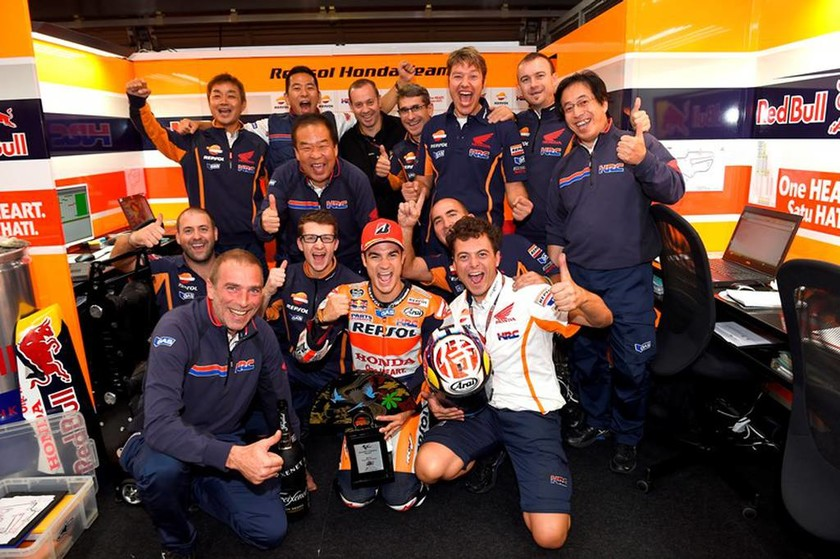 MotoGP Grand Prix Ιαπωνίας: Ο Pedrosa κερδίζει την 50η νίκη για τη Honda (Photos)