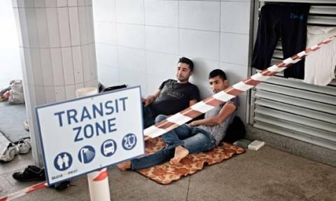 Δημιουργούνται περιοχές τράνζιτ στη Γερμανία για τους πρόσφυγες