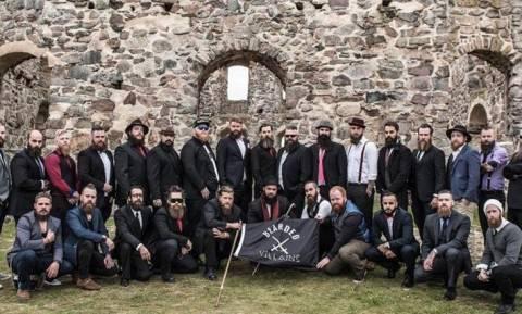 Σουηδία: Αστυνομικοί μπέρδεψαν σύλλογο γενειοφόρων με το Ισλαμικό Κράτος (video)