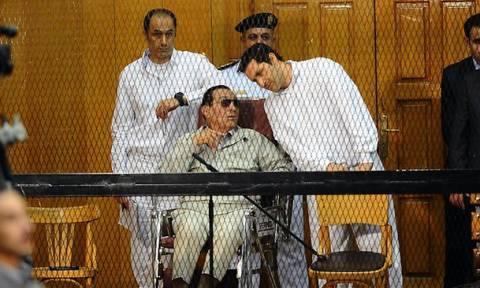 Αίγυπτος: Δικαστήριο διέταξε την αποφυλάκιση των γιων του Χόσνι Μουμπάρακ