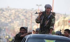 Συρία: Οι ΗΠΑ προμηθεύουν τους επαναστάτες - Η Ρωσία βοηθά τον Άσαντ