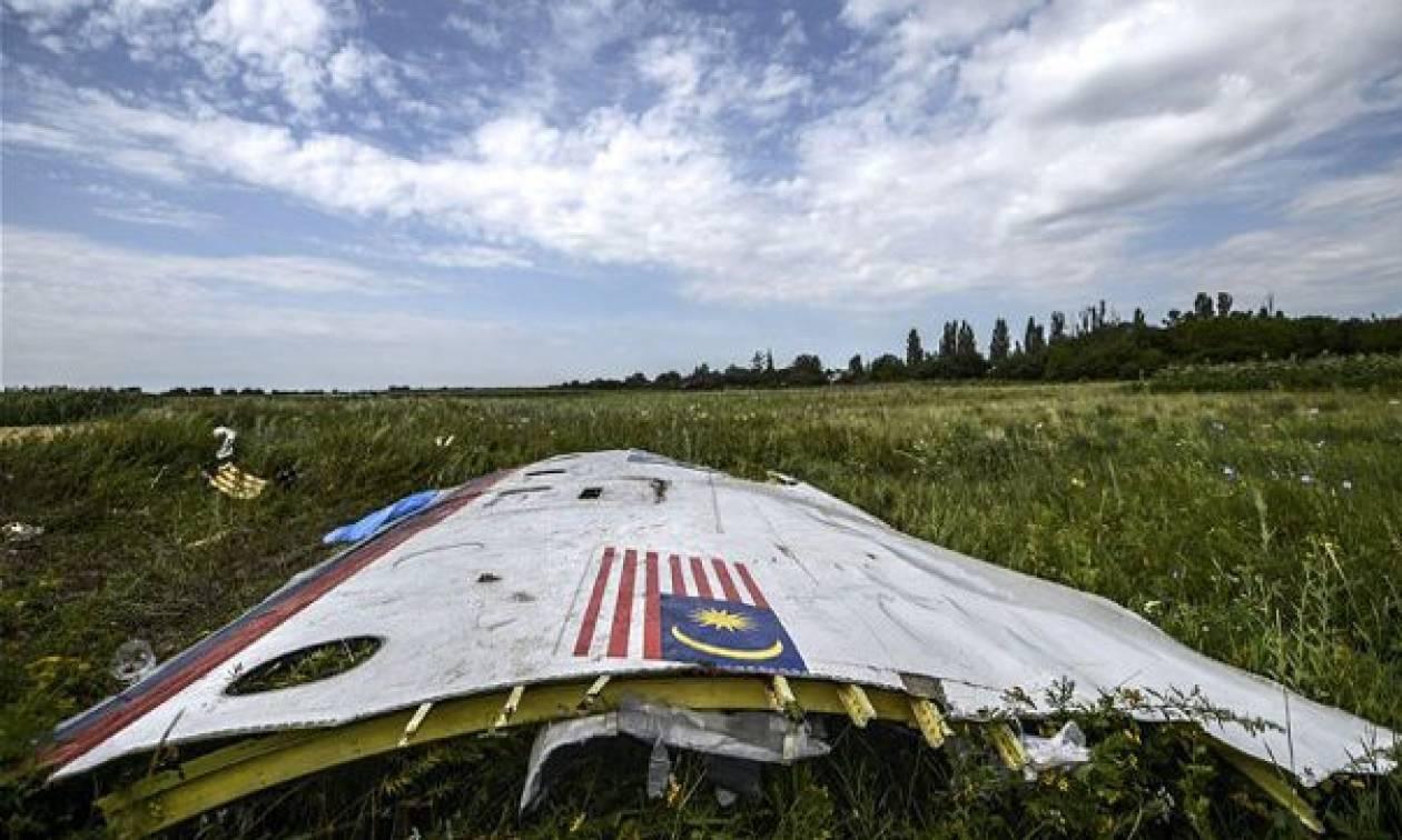 Οι επιβάτες της πτήσης MH17 είδαν το θάνατό τους - Ταυτοποιήθηκαν ύποπτοι για την κατάρριψη (videos)