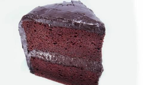 Κόβεις λάθος το κέικ σε όλη σου τη ζωή! (video)