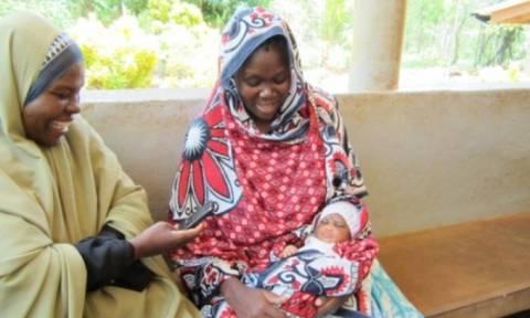 Στην Τανζανία καταγράφουν τις γεννήσεις μέσω… κινητού!