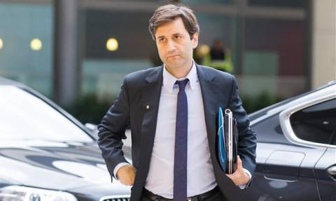 Χουλιαράκης: Επίσημα στην ατζέντα η ελάφρυνση του ελληνικού χρέους