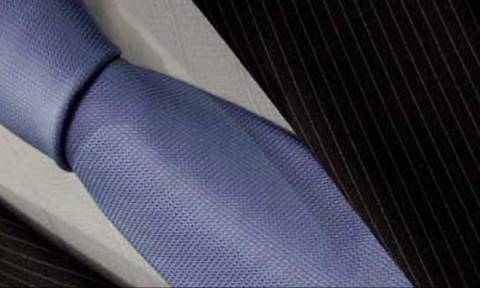 Ο μαχητής και η γραβάτα...