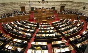 Βουλή: Αντιπαράθεση εισηγητών ΣΥΡΙΖΑ–ΝΔ επί του νομοσχεδίου με τα προαπαιτούμενα