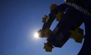 Η ΕΚΤ θέλει να χαλαρώσει τους όρους για την εκταμίευση κεφαλαίων στην Ελλάδα