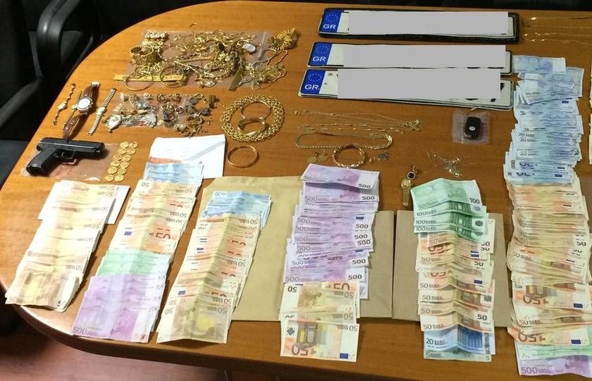 Ένα εκατομμύριο ευρώ η λεία των «μαϊμού» υπαλλήλων ΔΕΗ