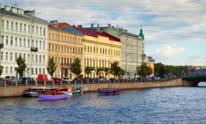 Ρωσία: Ανάπηρος άγγιξε κατά λάθος αυτοκίνητο επιχειρηματία κι εκείνος... τον πέταξε σε κανάλι