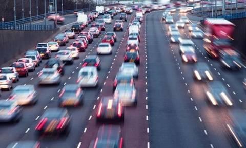 Αλλαγές στα τέλη κυκλοφορίας – Ποιοι θα πληρώσουν λιγότερο