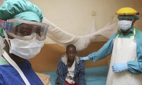 Ο εφιάλτης του Έμπολα αναβίωσε...