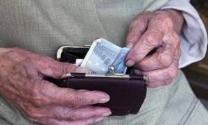 Πόσα χάνουν οι συνταξιούχοι με το νέο ασφαλιστικό