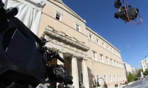 Κατατίθεται στη Βουλή το νομοσχέδιο για τις τηλεοπτικές άδειες